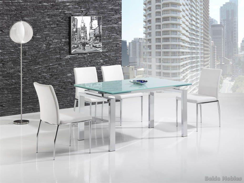 mesas y sillas modernas para tu casa