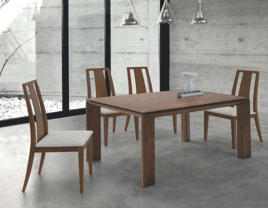Mesa y sillas modernas 6 muebles belda for Sillas madera modernas