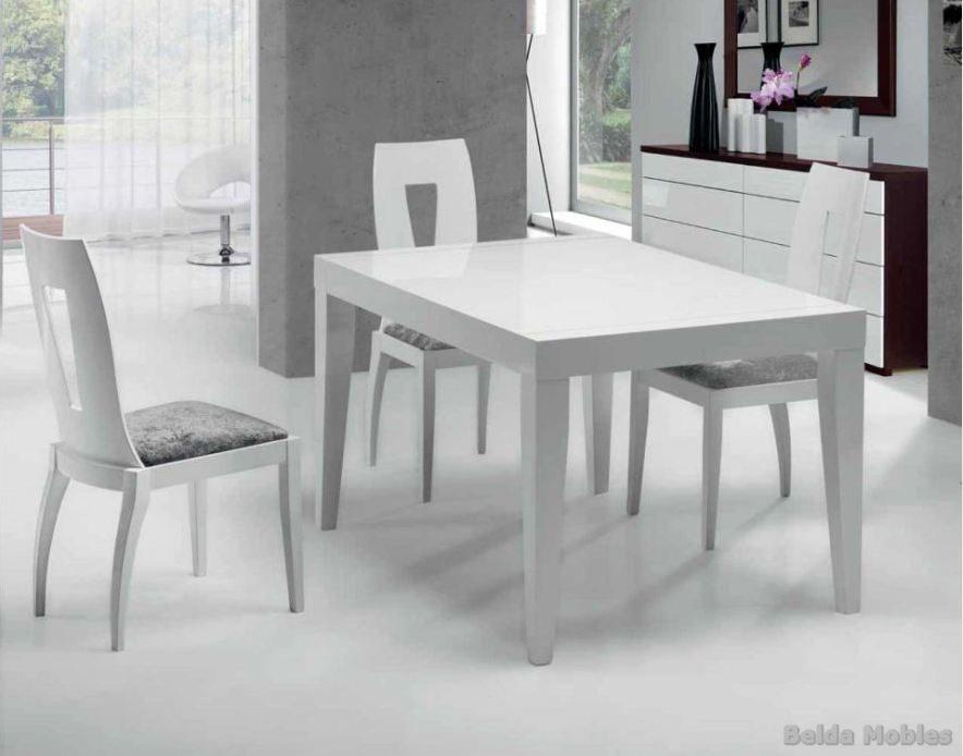 Mesa y sillas modernas 8 muebles belda for Sillas de comedor modernas cromadas