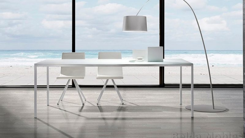 Mesa y sillas modernas 13 muebles belda for Mesa urban ramiro tarazona precio