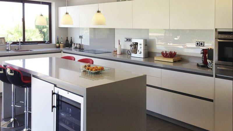 Cocina moderna 4 muebles belda for Cocinas modernas valencia